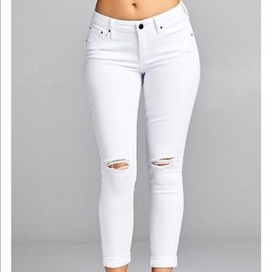 Special A Distressed Skinny Jeans Style P1455